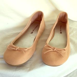 American Eagle pink ballet flats size 9